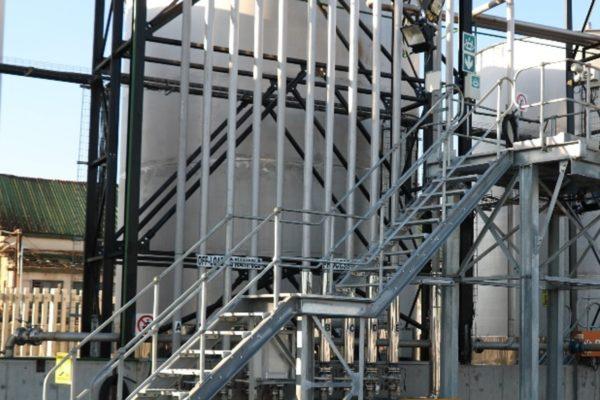 saiyl stainless steel tanks